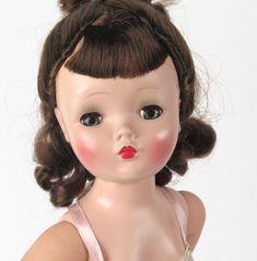 Madame Alexander Cissy doll brunette brown eyes vtg lace chemise heels box #MadameAlexander #cissy #madamealexandercissy