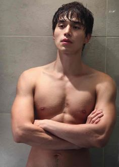 Lee Dong-Wook (이동욱) #KDrama #LeeDongWook Rewatching Scent of a Woman right now. Might have stayed up until 2:30am last night to enjoy his delicious self (not to mention it's a great addicting drama haha). Looking forward to going home after work and continuing watching!