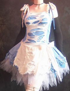 Now this makes much more sense than the dress I remember from Disney's Alice in Wonderland... Don't you think all those adventures would have torn her dress up quite a bit? WD Wonderland .438 by ~wearydrearies on deviantART