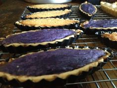 Boat tarts Ube Recipes, Tart Recipes, Brownie Recipes, Asian Recipes, Keto Recipes, Cooking Recipes, Boat Tart Recipe, Filipino Desserts, Pinoy Food
