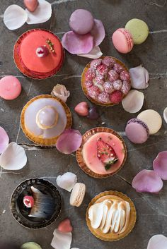Currently craving this sweet selection of Parisian desserts: tartes, macarons and pastries.