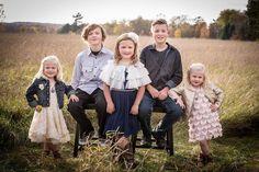 Fall family photos Fall Family Photos, Couple Photos, Having A Blast, Family Photography, Style Guides, Cute, Instagram, Couple Shots, Family Photos