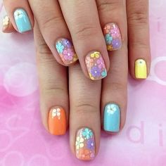 Summer French nails – trends and nail art ideas for the vacation season - Decoration ideas Summer French Nails, Spring Nails, Summer Nails, Cute Nails, Pretty Nails, Hair And Nails, My Nails, Daisy Nails, Nagellack Trends