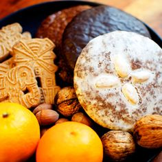 Puha, illatos mézes puszedli: a nagyi is megirigyelné Cottage Cheese, Christmas Cookies, Camembert Cheese, Jelly, Gingerbread, Biscuits, Dairy, Food And Drink, Fruit