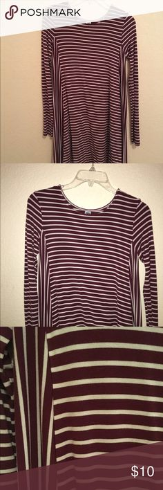 Maroon striped dress A maroon and white long sleeved striped dress! Dress it up or dress it down! This item has only been worn once and is in perfect condition Old Navy Dresses Mini