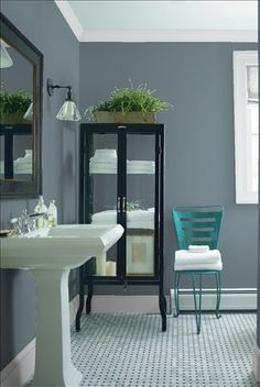Look at the paint colour combination I created with Benjamin Moore. Via @benjamin_moore. Wall: Montpelier AF-555; Trim: Marilyn's Dress 2125-60; Chair: Teal Ocean 2049-30.