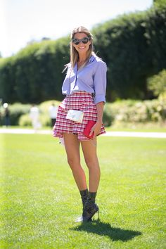 126 perfect summer outfit ideas  from the streets of Paris.