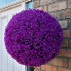 Set of 2 stunning purple heather topiary balls - The Artificial Flowers Company Large Plant Pots, Large Plants, Artificial Topiary, Artificial Flowers, Fake Flowers, Heather Plant, Wooden Garden Planters, Planter Pots, Mother's Day Gift Baskets
