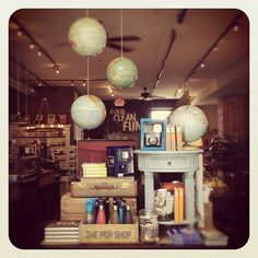summer 2012 travel display. from Trohv Home & Gift (Baltimore). sooo pretty! wish! for pre #summer display!!