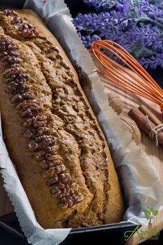 Chec de morcovi cu 4 arome Hot Dog Buns, Hot Dogs, Cacao, Sweet Tooth, Bread, Vegan, Desserts, Food, Chocolates