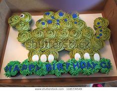 Dinasour Birthday Cake, Dinosaur First Birthday, 1st Boy Birthday, Birthday Cupcakes, Dinosaur Cupcake Cake, Cupcake Cakes, 4th Birthday Parties, Birthday Ideas, Birthday Pictures