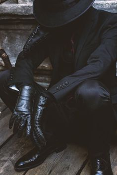 Plague Doctor by nitsuke 7 Mar 2019 002 Daddy Aesthetic, Aesthetic Clothes, Der Pakt, Dark Fashion, Mens Fashion, Der Gentleman, Plague Doctor, The Villain, Character Outfits