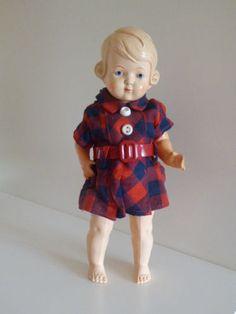 Schildkroet-Puppe-Inge-25-1-2-26-1-2-Celluloid-sehr-alt-Stehpuppe