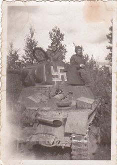 Captured T-26, in service of Finns. Pin by Paolo Marzioli