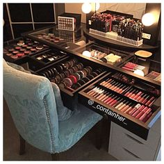 Makeup vanity organization, vanity for makeup, cosmetic storage, diy makeup d Makeup Desk, Makeup Room Decor, Makeup Rooms, Diy Makeup, Beauty Makeup, Diy Beauty, Ikea Makeup, Makeup Style, Makeup Drawer