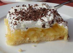 Schwedische Apfeltorte vom Blech, ein beliebtes Rezept aus der Kategorie Kuchen. Bewertungen: 32. Durchschnitt: Ø 4,3.