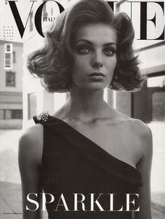 Daria - she is soooooo beautiful! Love the black one shoulder dress and hairstyle.