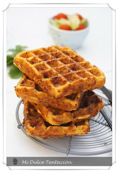 gofres con sabor a pizza Crepes And Waffles, Salty Foods, Churros, Waffle Recipes, Tostadas, French Toast, Keto, Dinner, Healthy