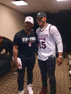Seahawks QB Russell Wilson cheered on South Carolina in the Women's NCAA tournament. While cowboys QB Dak Prescott cheered on the Mississippi Bulldogs.