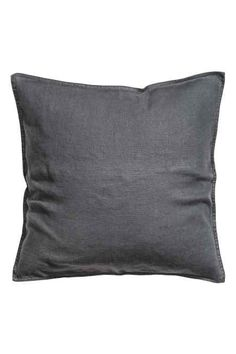 Washed linen cushion cover: PREMIUM QUALITY. Cushion cover in washed linen with a concealed zip. Tumble-drying will help to keep the linen soft.
