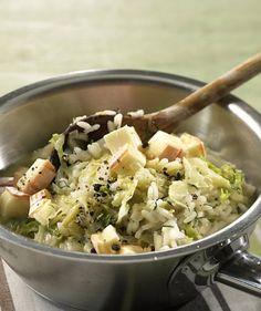 Kräftiger Wirsing passt gut zum intensiven Weichkäse, das gibt dem Risotto ein tolles Aroma.