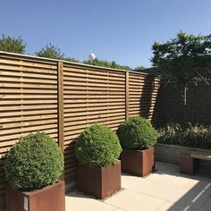 Designer slatted fence panels built to go the distance complete with a guarantee. Ideal for creating improved privacy and security whilst offering a contemporary design to really help your garden or outdoor terrace impress on those social occasions. Timber Fence Panels, Garden Fence Panels, Timber Fencing, Garden Fencing, Garden Paths, Contemporary Fencing, Contemporary Garden Design, Landscape Design, Modern Design