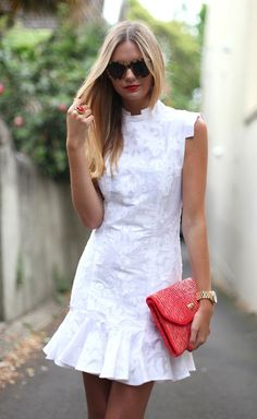 Pretty cute little white dress with pink handbag | Just a Pretty Style