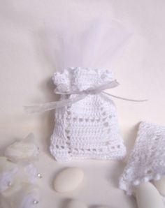 Bomboniera matrimonio uncinetto (art.36_bianco) Make Arrangements, Crochet Hooks, Pink, Gifts, Etsy, Baby Showers, Pouches, Confetti, Beautiful
