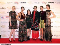 Red carpet Belvedere Vodka, News Design, Good News, Red Carpet, Awards, Guy, Dresses, Fashion, Vestidos