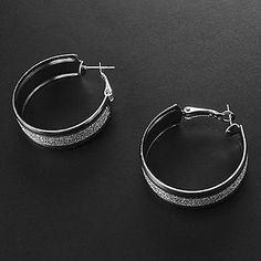 Fashion Assorted Color Alloy Hoop Earrings(Gold,Silver) (1 Pair) - USD $ 0.99