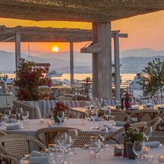 Great Places, Places To Go, Beautiful Places, Beautiful Hotels, Antibes, Location Studio Paris, Nice Cannes, Moustiers Sainte Marie, Restaurant