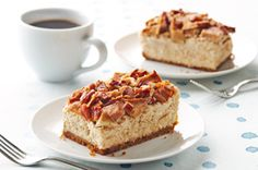 With the tang of Apple crossed with the Crunch of Pecan, your Fall dessert will be a true family favorite! Try our recipe for Apple-Pecan Cheesecake