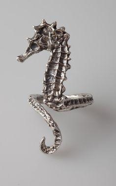 sea horse ring by artformsinnature.