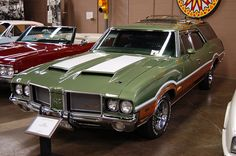 1966 Olds Vista Cruiser | 1972 Oldsmobile Vista Cruiser Station Wagon R E Olds Museum 151 N ...