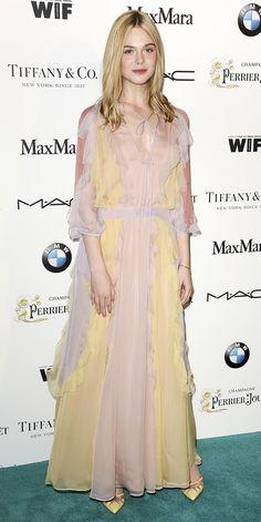 Elle Fanning in Valentino Portfolio Design, Dakota And Elle Fanning, Ellie Fanning, Elle Fashion, Fashion Week 2018, Future Fashion, Red Carpet Looks, Red Carpet Dresses, Celebs