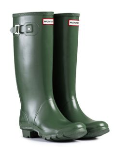 I'm going to ask Santa for these Hunter Boots for Christmas ;)
