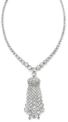 Lot 273, Art Déco diamond pendant necklace circa 1930