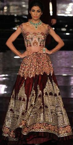 ae2b1092d30 Manish Malhotra at India Couture Week 2016