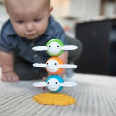 The three bees connect magnetically to stack atop the reversible honeycomb base. Spin them, wobble them, and then pull them apart to explore each one. Young minds will be abuzz with tactile-learning excitement! Best Toddler Toys, Best Baby Toys, Magnetic Toys, Baby Fat, Gross Motor Skills, Top Toys, Outdoor Toys, Imaginative Play, Classic Toys