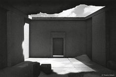 """wood s lot ::: """"the fitful tracing of a portal"""" Light Talk, Light And Space, Minimal Design, Beautiful Space, Light And Shadow, Architecture Design, Temple, Minimalism, Exterior"""