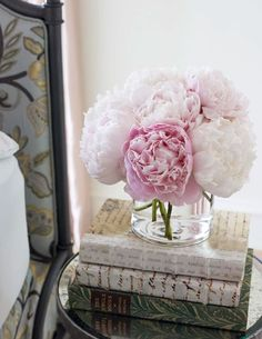 vintage books and peonies. swoon.