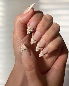 Chic Nails, Stylish Nails, Trendy Nails, Nail Design Stiletto, Nail Design Glitter, Fabulous Nails, Perfect Nails, Seashell Nails, Funky Nails