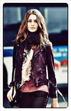 Black leather jacket  #Black #Leather #Jacket  http://www.pinclothes.com