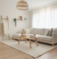 Home Room Design, Interior Design Living Room, Living Room Designs, Living Room Inspiration, Home Decor Inspiration, Decor Ideas, Minimal Living Rooms, Living Room Decor Simple, Living Room Neutral