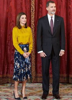 http://www.newmyroyals.com/2017/11/king-felipe-and-queen-letizia-hosted-mr.html