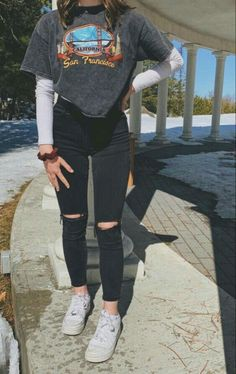 Adrette Outfits, Skater Girl Outfits, Casual School Outfits, Cute Comfy Outfits, Teen Fashion Outfits, Retro Outfits, Stylish Outfits, Spring Outfits, Casual Dresses