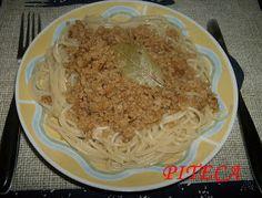 Soja de cebolada com esparguete - http://www.mytaste.pt/r/soja-de-cebolada-com-esparguete-4788635.html
