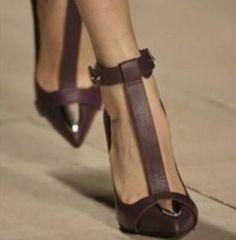Women's Shoes Metal Pointed Toe T-Strap Stiletto Pumps Buckle Sandals Fashion SZ Slingback Shoes, Women's Pumps, Pump Shoes, Women's Shoes Sandals, Stiletto Shoes, Trendy Shoes, Fashion Shoes, Ol Fashion, Trendy Fashion