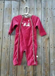 Classic Pooh Infant Baby Size 6-9 Mths Red Velour Winter Holiday Romper Sleeper #ClassicPoohbyDisney #OnePiece