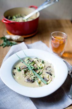 Lemongrass Coconut Soup {Vegan} by earthyfeast #Soup #Lemongrass #Coconut